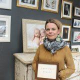 PALUU KESKUSTAAN: Mikaela Holmberg löysi täydellisen studion Palokunnankadulta