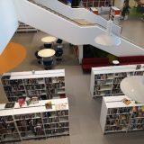 Kirjastossa vältellään nyt ihmiskontaktia viimeiseen asti