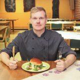 LOUNAAT: Myllytuvalla maistuvat itse tehdyt burgerit, suosikkilounasta on kehitetty vuosikymmenen ajan