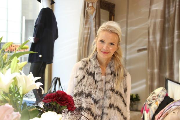 Mari Huhtamäki kertoo saaneensa hyvää palautetta liikkeen muutosta Reskalle.