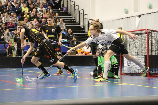 Justus Kainulainen (73) pelasi nuoresta iästään huolimatta hätkähdyttävällä taidolla ja itseluottamuksella.