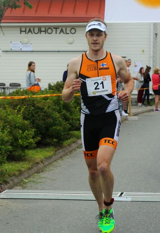 Hauhon Jokamiestriathlon on yksi mahdollinen kisa Olli Miettiselle myös ensi kaudella.