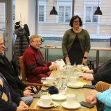 RESKARAFLAT: Cafe Kaunon Riikka Mäkinen kaipaa iltapäiviin lisää vipinää