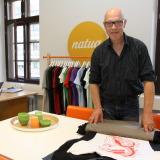 Hoffilla: Kolmen miljoonan t-paidan tekijä