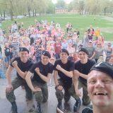Panssariprikaatin bändi esiintyi perhepäivähoidon lapsille ja perheille Linnan puistossa