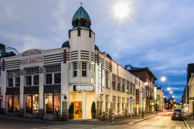 Skogsterin kulman remontointi ravintolaksi äänestettiin Hämeenlinnan Vuoden 2014 Parhaaksi ravintolateoksi. Kuva Pekka Rautiainen.